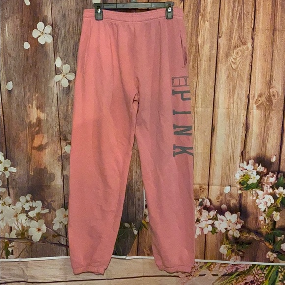 PINK Victoria's Secret Pants - Pink sweatpants size medium